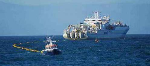 美国监管部门批准谷歌部分启用中美海底光缆