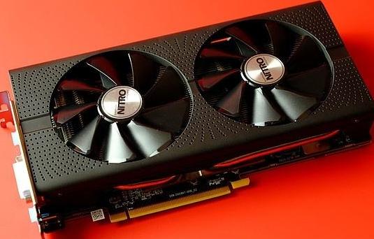 蓝宝石Radeon 9200 128MB/128bit,显卡采用了大板设计,仅售388