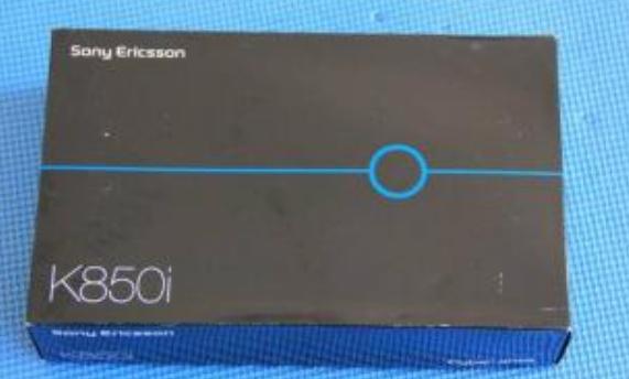 索尼爱立信K850i采用了一块2.2英寸,30万像素的副摄像头