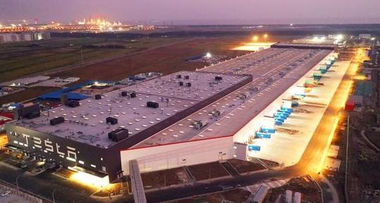 特斯拉:上海工厂年中产量将达每周4000辆,每年20万辆