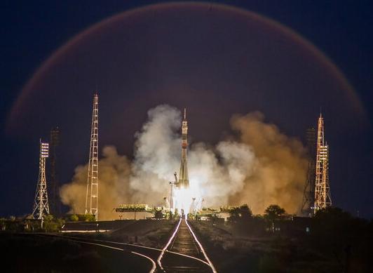 """俄罗斯运载火箭的""""弗雷加特-SB""""燃料箱突然在太空爆炸"""