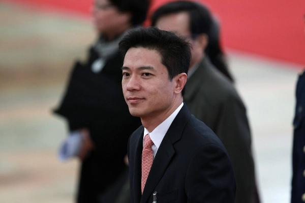 李彦宏:人工智能推动智能新世界早日到来