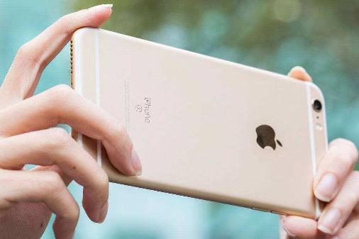 iPhone 6s运行iOS 14竟然意外的流畅?