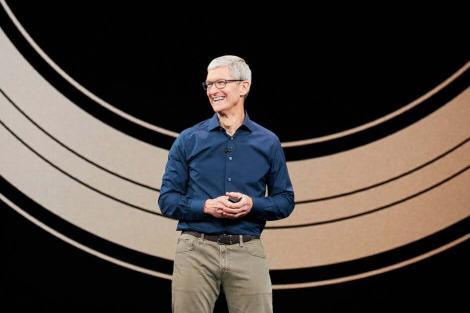 库克合同明年到期:你希望他继续掌舵苹果吗?