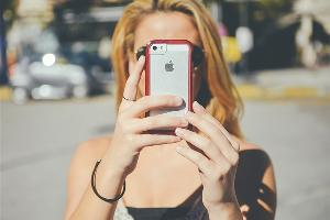 消息称iPhone 12按原计划会正常发布 苹果10月才开卖