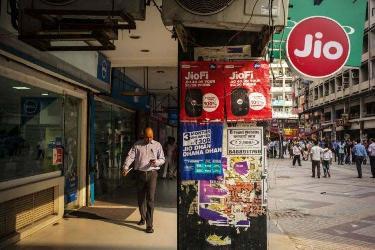 中美科技势力印度角力:TikTok微信被禁时,谷歌脸书风光入场了