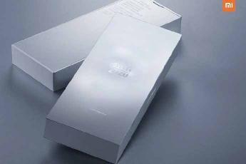雷军解答小米 10 至尊版为啥不叫 Pro + :英文名小米 10 Ultra,超大杯很猛不会便宜