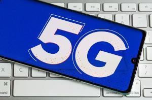 美国再次拍卖5G频谱:两万张牌照回笼46亿美元