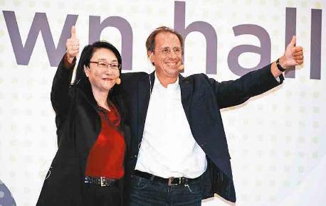 HTC CEO辞职 王雪红二度兼任