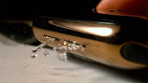 专利暗示苹果正将 Apple Watch 防水技术应用于 iPhone 及 iPad:支持主动排水