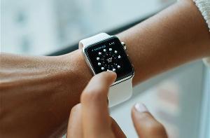 Apple Watch 3用户请暂缓升级watchOS 7 遭遇一系列BUG非常影响使用体验