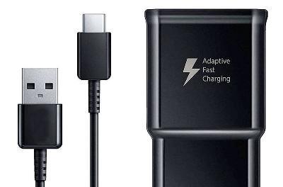 效仿苹果:消息称三星正考虑Galaxy S21不再随机附赠耳机和充电头