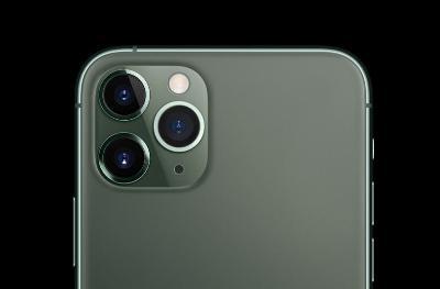 Omdia:四摄像头智能手机最受消费者欢迎,超过三摄像头方案