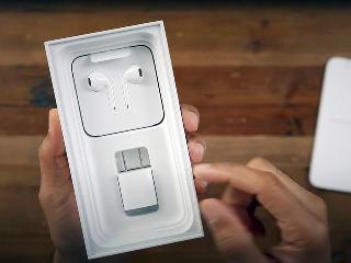 巴西:iPhone12不配充电器不准卖