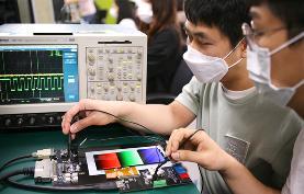 韩媒:苹果决定从 2022 年开始为 iPad 使用 OLED 面板