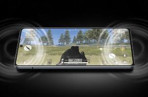 旗舰级硬件+全感操控,搭载双路线性马达,iQOO 7正式登场