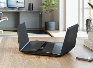 网件发布首款Wi-Fi 6E路由器夜鹰RAXE500:网速破万兆