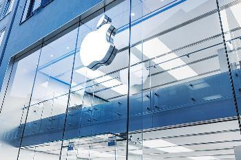 官翻iPhone 11开售:便宜1100元