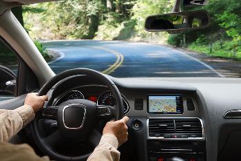 """腾讯公开两项""""车辆驾驶""""相关专利,涉及AI技术领域"""