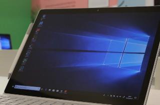 微软开始强制升级至Win10 20H2:保证系统流畅