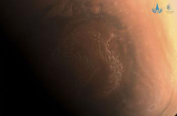 国家航天局发布天问一号拍摄高清火星影像