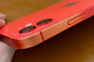 曝 iPhone 12 又出问题:外壳掉色严重