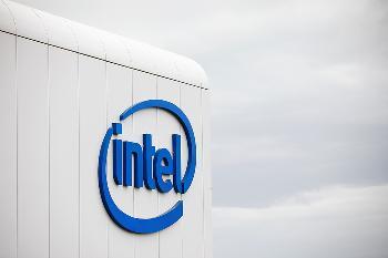 Intel 7nm塵埃落定!2023年降臨桌面處理器:3D混合架構