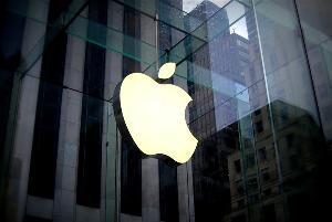 苹果业绩好于市场预期,将股票回购规模提高900亿美元,股价盘后涨超4%