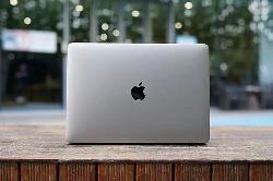 现场标签显示,WWDC应该有一个新的MacBook Pro