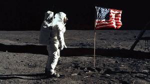 NASA:因蓝色起源诉讼,将推迟重返月球时间