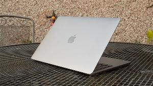 新款MacBook Pro刘海可隐藏,全面模式可治愈强迫症