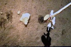 来自月球的「土特产」,嫦娥五号完成月面自动采样封装
