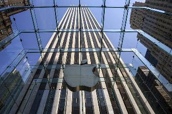 扎克伯格再抨苹果隐私政策 并称其已成Facebook最大竞争对手之一