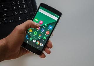 FluBot肆虐Android平台:伪装成快递应用窃取用户敏感数据