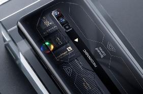腾讯红魔游戏手机 6S Pro 外观曝光:采用半透明后盖