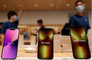 美分析师下调iPhone13销售预期,因为芯片供应短缺