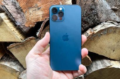美国 iPhone 12 机主起诉苹果保修期内不保修,索赔原机价格